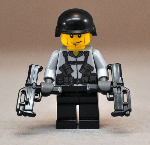 BrickArms FMG Gun for Lego Minifigs Combat Soldier NEW